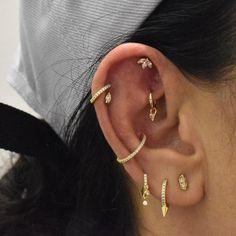 Ear Peircings, Cute Ear Piercings, Jewelry Tattoo, Ear Jewelry, Piercing Ideas, Body Mods, Jewelry Ideas, Jewerly, Hair Makeup