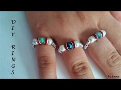 How to make stunning ring in less than 5 minutes ? Youll need only 5 minutes to make a beaded ring in your favorite colours. The pattern is so easy and youll use the small amount of . Diy Beaded Rings, Diy Rings, Beaded Jewelry, Beaded Bracelets, Making Bracelets, Embroidery Bracelets, Jewellery, Jewelry Findings, Cute Jewelry