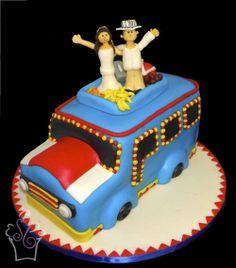 """Un bus """"chiva"""" para una boda Colombiana -- A """"chiva"""" bus for a Colombian wedding Wedding Pins, Wedding Bells, Wedding Cakes, Dream Wedding, Wedding Day, Destination Wedding Welcome Bag, Wedding Welcome Bags, Colombian Wedding, Bus Cake"""