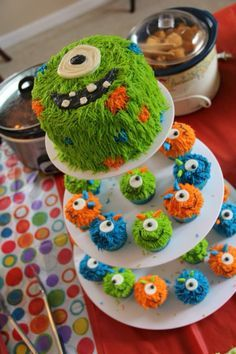 monster birthday cupcake - Google Search