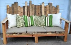 Pallet wood outdoor sofa-Todd needs to make this for our front porch!