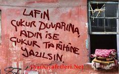 Cukur 10 bolum Kiyafetleri Turkish Delight, Turkish Actors, Graffiti, Street Art, Quotes, Graphite, Qoutes, Dating, Graffiti Illustrations