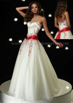 This dress is my dream wedding dress! I know its listed as a prom dress, but doesn't look like one. Always wanted a crimson and white dress...   Link: http://www.magicmomentsprom.com/item/Alyce_6495_Prom_Dress/45340/p2c1414#.UqeU9WyA3mI