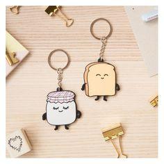 Set de porte-clés en caoutchouc Toast & Jelly par Mr. Wonderful. Un toast amoureux de son petit pot de confiture...