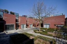 architect : art nieuwpoort  Delft Stadswoningen 'Huyterhof'