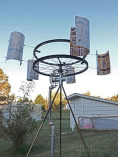Wind-Powered Water Pump - made from bicycle parts http://www.treehugger.com/wind-technology/diy-wind-powered-water-pump-made-bike-parts.html