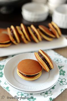 Dorayaki, Japanese Pancake Sandwiches with Sweet Red Bean Filling どら焼き