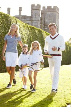 tennis-anyone-grass-court-habituallychic-006 Preppy Family, Rich Family, Cute Family, Family Goals, Preppy Kids, Preppy College Style, Tennis Outfits, Tennis Clothes, Preppy Outfits
