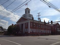 Here's the Bedford County Courthouse about a block or two off of the Lincoln Highway in downtown Bedford, PA (Pitt Street). It's the oldest PA county courthouse still in use. (Photo by Jennifer Sopko)