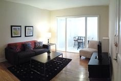 What makes a good apartment? || Image Source: https://4.bp.blogspot.com/-cW4ippBMw7g/Vt7Dz2lntRI/AAAAAAAAAFY/UdsFjD4m0WI/s400/A2--Living-Room-P.jpg