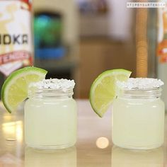 Shot & Shooter Recipes For Any Occasion Bartender Recipes, Tipsy Bartender, Drinks Alcohol Recipes, Yummy Drinks, Alcoholic Drinks, Mix Drinks, Drink Recipes, Beverages, Triple Sec