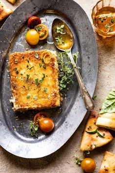 This Pan-Fried Feta with Peppered Honey, the perfect (EASY) appetizer loved by all. Salty feta cheese, coated in Panko and pan-fried to golden perfection! Fingers Food, Vegetarian Recipes, Cooking Recipes, Oven Recipes, Dip Recipes, Turkey Recipes, Half Baked Harvest, Greek Recipes, Clean Eating Snacks