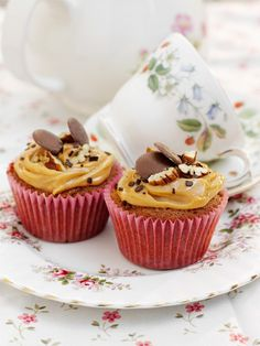 Rezept für super leckere Karamell-Cupcakes: http://eatsmarter.de/rezepte/karamell-cupcakes
