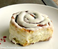Gluten Free Cinnabon Copycat Cinnamon Roll Recipe {now with video tutorial!}  If I can find some vegan cream cheese I am so trying this!