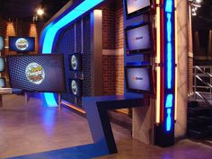 Explore photos of The Score's TV set design in this interactive gallery of the studio. Tv Set Design, Stage Design, Tv Sets, Tv Decor, Living Room Tv, Retail Design, Studio Design, Design Inspiration, Gallery