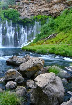 McArthur-Burney Falls, CA - Surrounded by 910 acres of lush green forests, this waterfall is the perfect place to spend a lazy afternoon. Beautiful World, Beautiful Places, Amazing Places, Places To Travel, Places To See, Perfect Place, The Good Place, Burney Falls, Lush Green