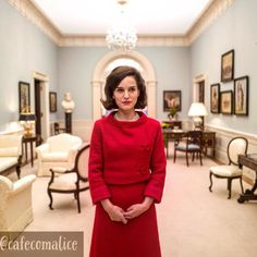 """33 curtidas, 2 comentários - Café com Alice (@cafecomalice) no Instagram: """"Natalie Portman em """"Jackie"""". O filme tem estreia prevista para o dia 9 de fevereiro.  Como esperar…"""""""