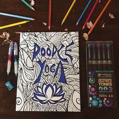 Nuevos hábitos en vacaciones: inscribirse a #yoga y colorear más!  ven por tu libro para colorear de #asanas y #quotes todos son importados y de excelente calidad y grosor; para  colorear desde lápices de colores, rotuladores y plumones profesionales. Nos vemos en el #showroom ☎️ 9981346234 #coloringbooks #chameleonpens #doodle #pencils #hobbie #coloring #pilot