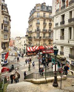 Paris Montmartre escaliers de la rue lamarck
