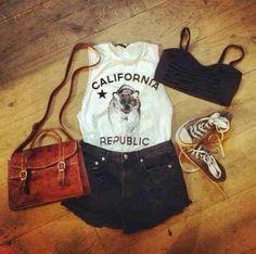 summer outfit for window shopping. I'd wear longer shorts. Estilo Fashion, Fashion Moda, Teen Fashion, Love Fashion, Womens Fashion, Nail Fashion, Fashion Sets, Cheap Fashion, Runway Fashion