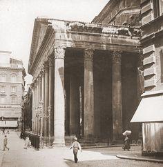 Pantheon (1900)