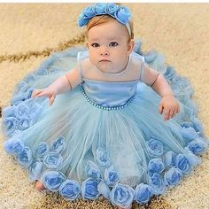 15 the best and cutest baby girl outfit ideas you will see in this article. Such as, outfit for swimming, for special event, for Halloween event, for playing in the garden and all. Baby Girl Frocks, Frocks For Girls, Tutus For Girls, Little Girl Dresses, Flower Girl Dresses, Nice Dresses, Cute Baby Girl Outfits, Kids Outfits, Kids Gown