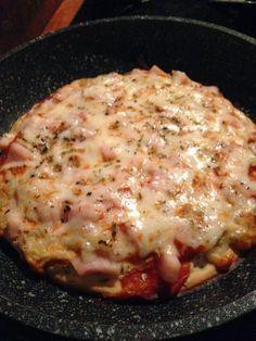 Pizza en sarten con harina de garbanzo