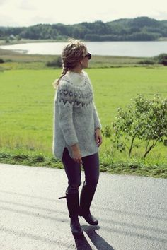Knitting Designs, Knitting Projects, Icelandic Sweaters, Fair Isle Knitting, Textiles, Everyday Outfits, Pull, Diy Clothes, Knitwear