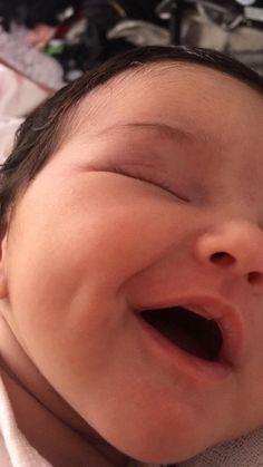 Sac Tutorial and Ideas Cute Little Baby, Cute Baby Girl, Little Babies, Baby Love, Cute Family, Baby Family, Cute Mixed Babies, Cute Babies, Korean Babies