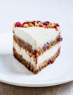 Raw Cranberry Orange Carrot Cake » vegan #sweet #healthy