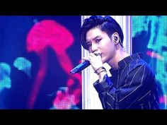 SHINee(샤이니) - Odd Eye(오드아이) @인기가요 Inkigayo 20150621 - YouTube - probably the hottest stage performance in history. Ovaries all across Shinee fandom just exploded simultaneously.