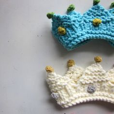 NEW! Royal Baby Crown Knitting Pattern photo prop by sweetbabydolly