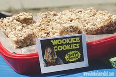 Themed food ideas for a Star Wars birthday party! Wookiee Cookies