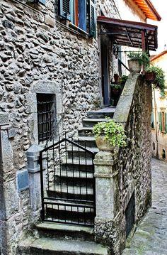 PONTREMOLI (Toscana) - by Guido Tosatto