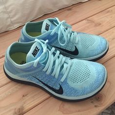 b02376960c79 Galaxy Roshe One Custom Hand Painted Nike van BStreetShoes op Etsy. Womens  Nike Free 4.0 Flyknit Shoes are in excellent condition.