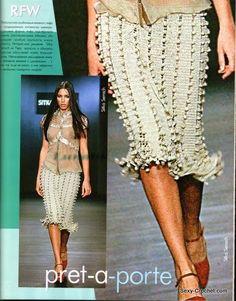 Fabulous Crochet a Little Black Crochet Dress Ideas. Georgeous Crochet a Little Black Crochet Dress Ideas. Crochet Bodycon Dresses, Crochet Skirts, Crochet Blouse, Knit Skirt, Crochet Clothes, Knit Dress, Crochet Diy, Crochet Fall, Freeform Crochet