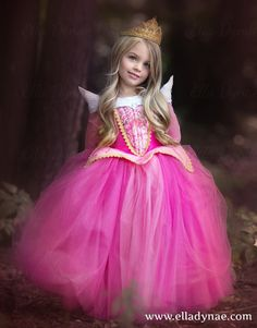 Sleeping Beauty Aurora Costume Blue Pink Dress por EllaDynae