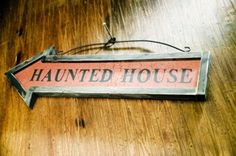 Halloween Door Decor - Haunted House