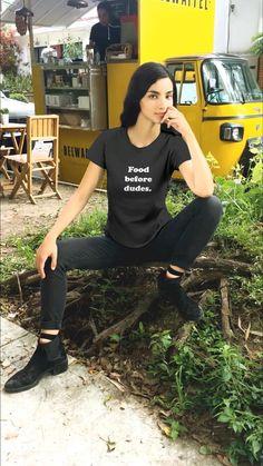 Mandala T Shirt, Gaia, Hipster Stil, Dress Drawing, Drawing Drawing, Most Beautiful Dresses, Hipster Fashion, Boho Fashion, White T