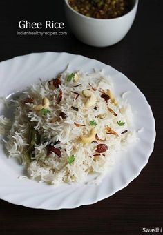 Ghee rice recipe with video - an easy to make delicious flavorful ghee rice with kurma or chicken curry from south indian cuisine with step by step pictures. Lunch Box Recipes, Lunch Snacks, Veg Recipes, Vegetarian Recipes, Cooking Recipes, Healthy Recipes, Snack Box, Cooking Food, Chicken Recipes