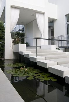 Modern Entrance Design by Brown Davis Interiors [always wanted something similar… Modern Exterior, Exterior Design, Interior And Exterior, Modern Entrance, Entrance Design, House Entrance, Grand Entrance, Residential Architecture, Interior Architecture