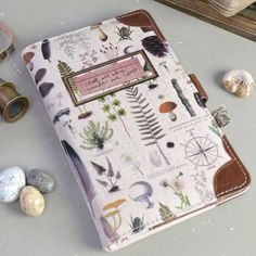 Discover fantastic ladies' travel accessories from our exciting range of travel wallets and vacation accessories. Cute Notebooks, Journals, Disaster Designs, Cute Office Decor, Lisa Angel, Stationary School, 22nd Birthday, Bullet Journal Ideas Pages, Cute Bags