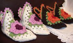Rakkaudesta villalankaan: Ohjetta kukkakeijun tossuun