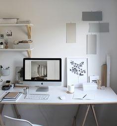 Create Your Minimalist Ideal Workspace - Skrental Home Office Inspiration, Workspace Inspiration, Room Inspiration, Workspace Design, Office Interior Design, Office Interiors, Home Office Setup, Home Office Space, Desk Setup