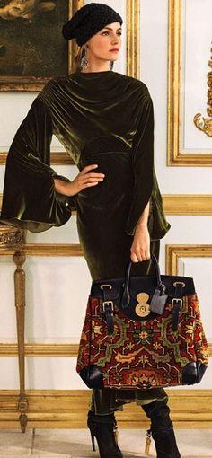 40 ideas for dress velvet black ralph lauren Fashion Moda, Look Fashion, High Fashion, Winter Fashion, Womens Fashion, Fashion Design, Ralph Lauren Style, Ralph Lauren Collection, Estilo Glamour
