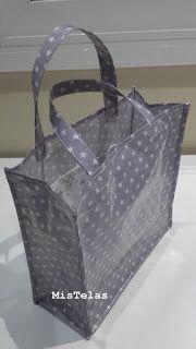 MIS TELAS: Bolsa plastificada Sac Lunch, Cotton Shopping Bags, Reversible Tote Bag, Purse Tutorial, Fabric Bags, Harrods, Handmade Bags, Leather Handle, Bag Making