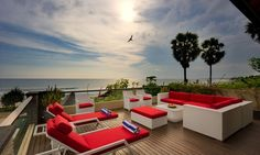 Villa Lega is a contemporary-styled beachfront villa, blessed with magnificent unobstructed views of the Indian Ocean.