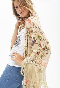 i just bought this floral fringe kimono jacket! can't wait for it to arrive! i think the oriental prints are very pretty! Estilo Fashion, Love Fashion, Fashion Outfits, Modern Kimono, Fringe Kimono, Kimono Fashion, Passion For Fashion, Bohemian Style, Style Inspiration