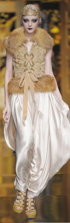 Christian Dior - fall 2009 - John Galliano