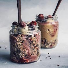 Renande detoxjuice för en svullen mage   PiggaBloggen Overnight Oats, Baking Ingredients, Raw Food Recipes, Granola, Cookie Dough, Oatmeal, Pudding, Sweets, Breakfast